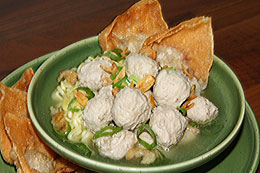 Indonesian Meatball Soup