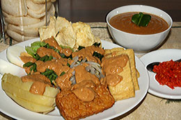 Cooked Vegetables with Peanut Sauce | Gado-Gado