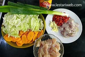 Chicken & Vegetable in Oyster Sauce Ingredients